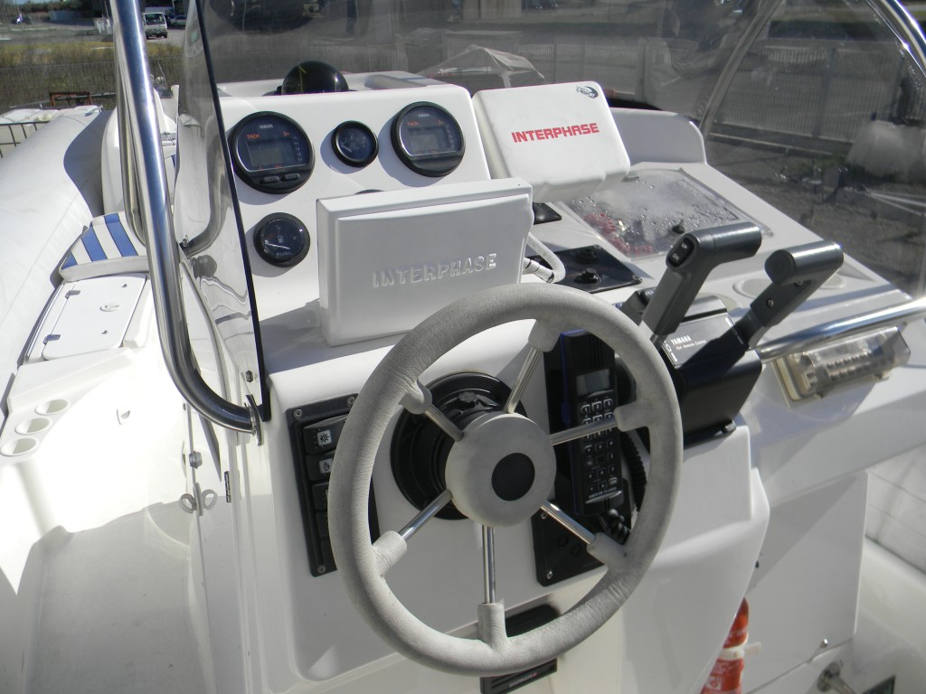 Gommone Zodiac Medline 7.30 + coppia Yamaha 150 Hp 2T